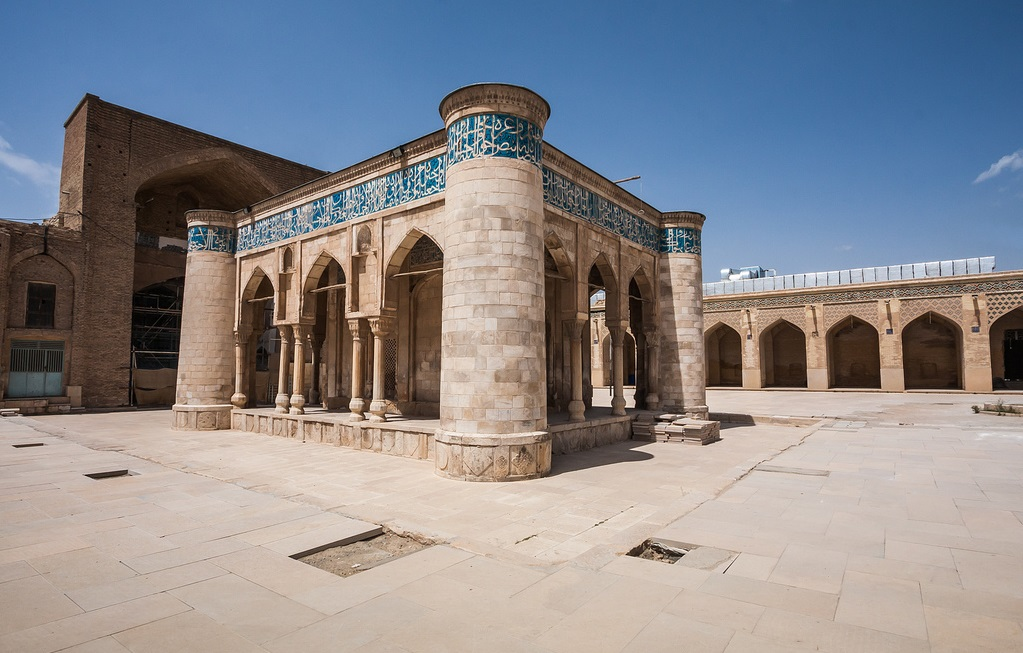 Atigh-Jame-Mosque-61