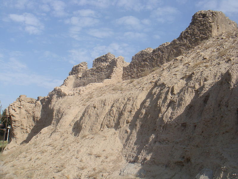800px-Fort_Rashkan_-_Southern_Wall