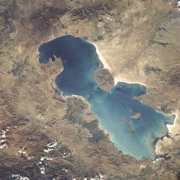Lake_urmia_1984