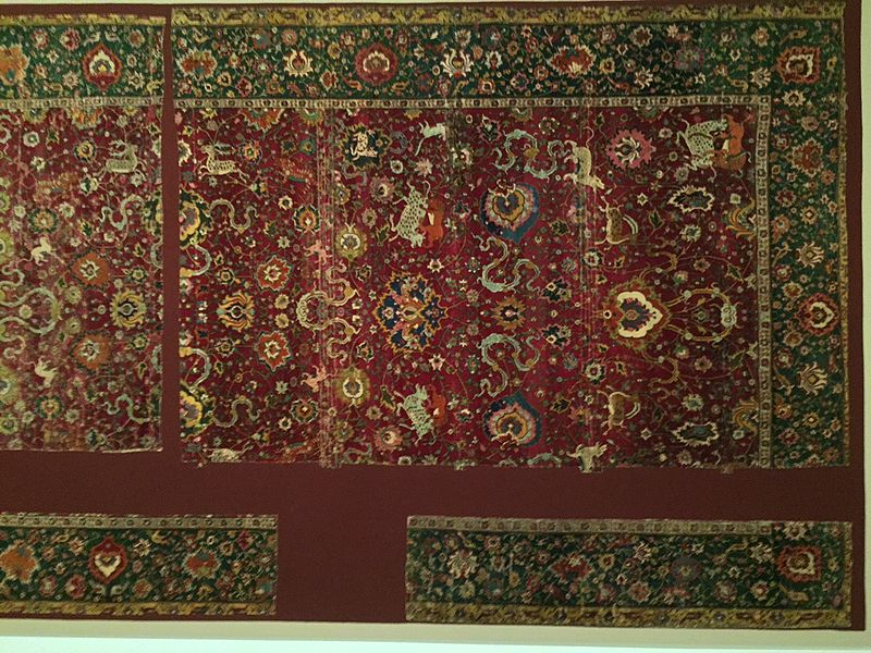 Persian_Safavid_period_Animal_carpet_16th_century_MKG_Hamburg