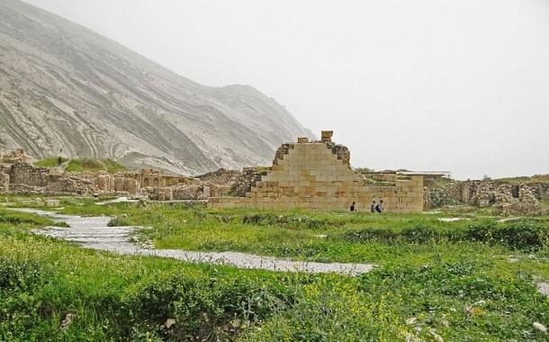Temple of Anahita at Bishapur
