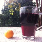 Pomegranate juice: Cold pomegranate juice.