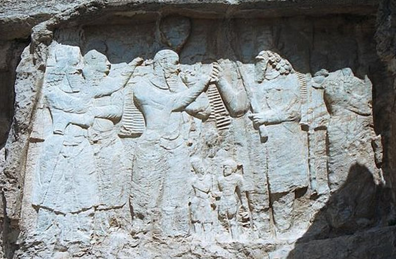 Investiture relief of Ardashir I , Naqsh-e Rajab1