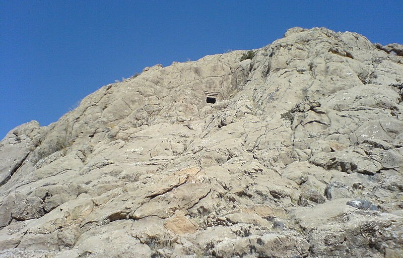 Sorkh Deh chamber tomb