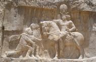 Triumph relief of Shapur I , Naqsh-e Rustam
