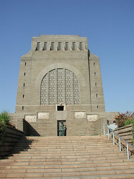 بنای یادبود وورترکر Voortrekker Monument