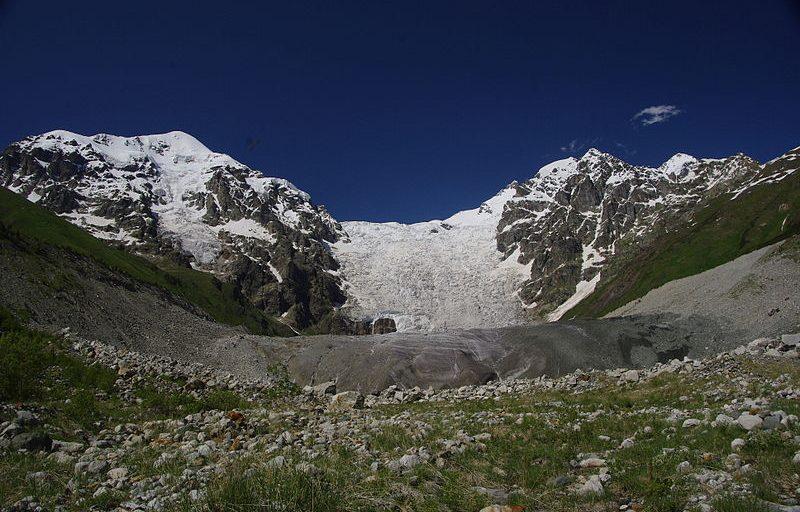 یخچال ادیشی Adishi Glacier